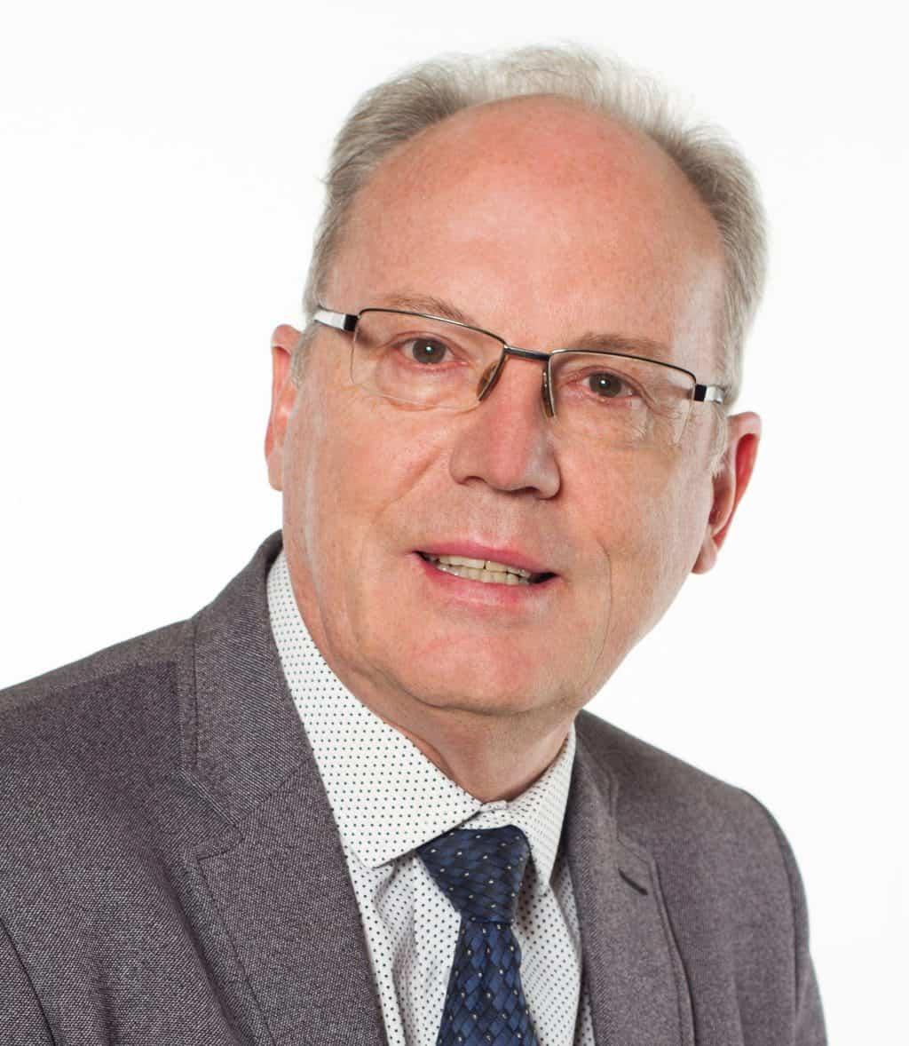 Dr. Rean du Plessis